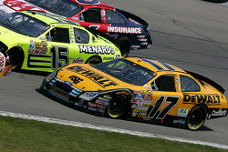 Matt Kenseth on the bottom of three wide racing