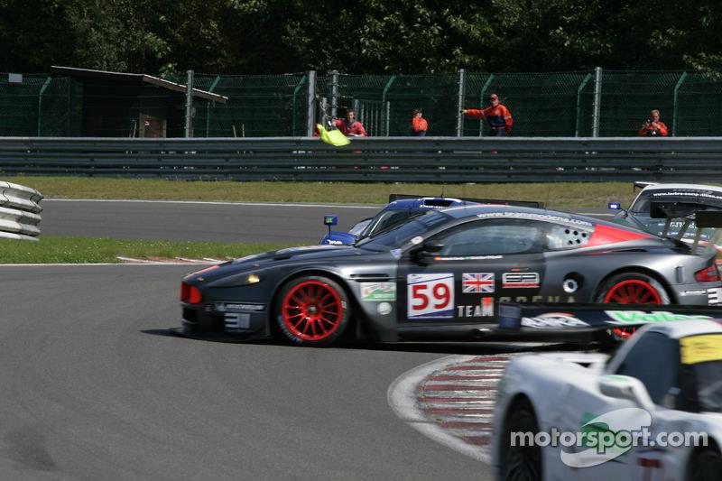 #59 Team Modena Aston Martin DBR9: Antonio Garcia, Christian Fittipaldi gets it all sideways in les Combes