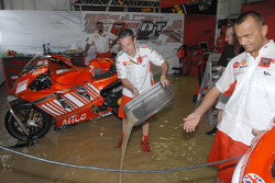 Ducati Corse team trying to keep dry