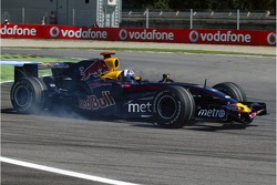 David Coulthard, Red Bull Racing, RB3 spun due to mechanical problems