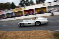 Jean Alesi in Fangio's Mercedes Streamliner
