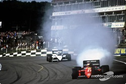 Michele Alboreto blows ve motor