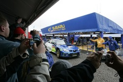 Xavier Pons and Xavier Amigo, Subaru WRT, Subaru Impreza 2007 drives in the service area