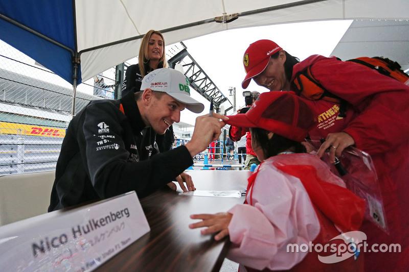 Nico Hülkenberg, Sahara Force India F1, mit Fans