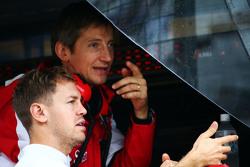 Massimo Rivola,  Direttore Sportivo Ferrari con Sebastian Vettel, Ferrari