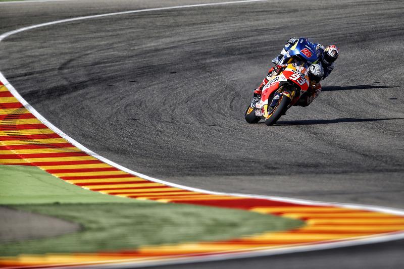 Марк Маркес, Repsol Honda Team та Маверік Віньялес, Team Suzuki MotoGP