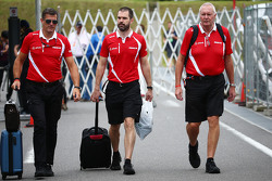 Graeme Lowdon, Manor F1 Team Chief Executive Officer with Marc Hynes, Manor F1 Team Driver Coach and John Booth, Manor F1 Team Team Principal