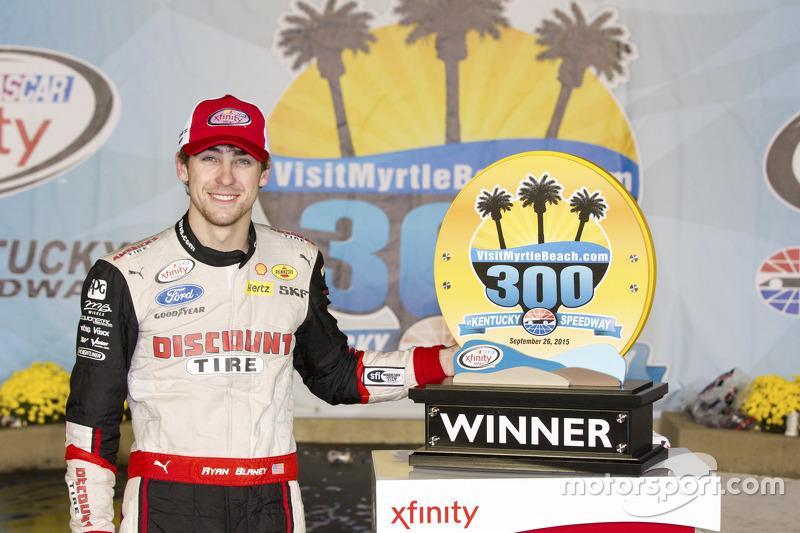 Race winner Ryan Blaney, Team Penske Ford