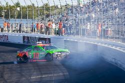 Danica Patrick, Stewart-Haas Racing Chevrolet crashes