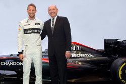 Jenson Button de McLaren y Ron Dennis McLaren Presidente y Consejero Delegado