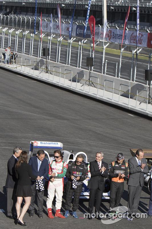 Alejandro Soberón, Emerson Fittipaldi, Héctor Rebaque, Miguel Angel Mancera Jefe de Gobierno, Sergio Pérez