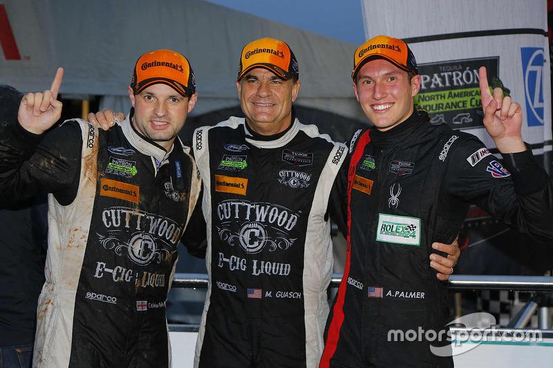 PC переможці в класі ##52 PR1 Mathiasen Motorsports Oreca FLM09: Майк Гуаш, Том Кімбер-Сміт, Ендрю П