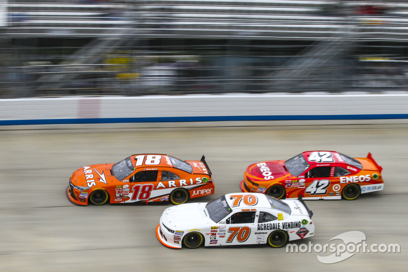 Daniel Suarez, Joe Gibbs Racing Toyota and Derrike Cope, Derrike Cope Racing Chevrolet and Kyle Lars