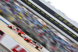 Кріс Бюшер, Roush Fenway Racing Ford та Остін ДІллон, Річард Чілдресс Racing Chevrolet