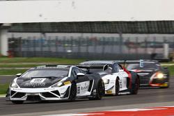 #88 Reiter Engineering Lamborghini Gallardo LP560-4 R-EX: Albert von Thurn und Taxis, Nicky Catsburg