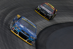 Dale Earnhardt Jr. and Jeff Gordon, Hendrick Motorsports Chevrolets