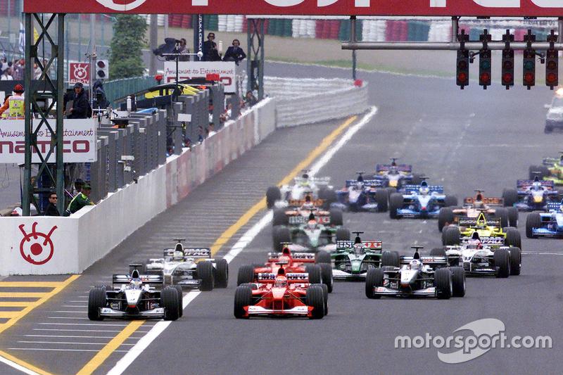 Start: Mika Häkkinen, McLaren, führt