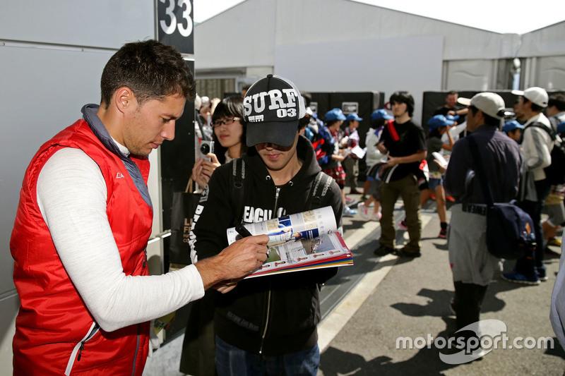 Луіс Дювал, Audi Sport Team Joest