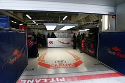 El pit garaje de Carlos Sainz Jr., Scuderia Toro Rosso