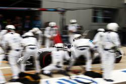 Валттери Боттас, Williams FW37 во время пит-стопа