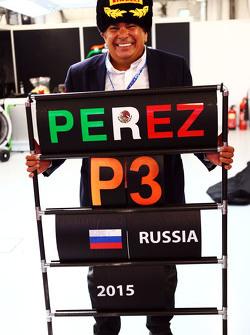 Antonio Perez, celebrates third position for his son Sergio Perez, Sahara Force India F2