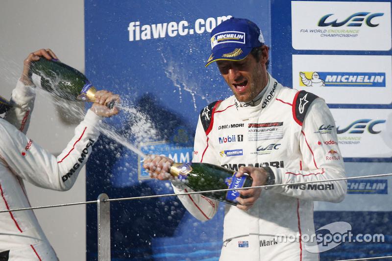 Марк Веббер, Porsche Team святкує на подіумі