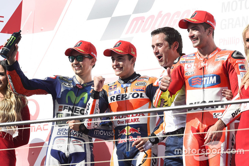 Podium: race winner Marc Marquez, Repsol Honda Team, second place Jorge Lorenzo, Yamaha Factory Raci
