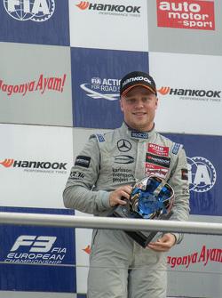 Campeón 2015 Felix Rosenqvist, Prema Powerteam Dallara Mercedes-Benz