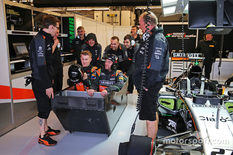 Bastelstunde bei Force India