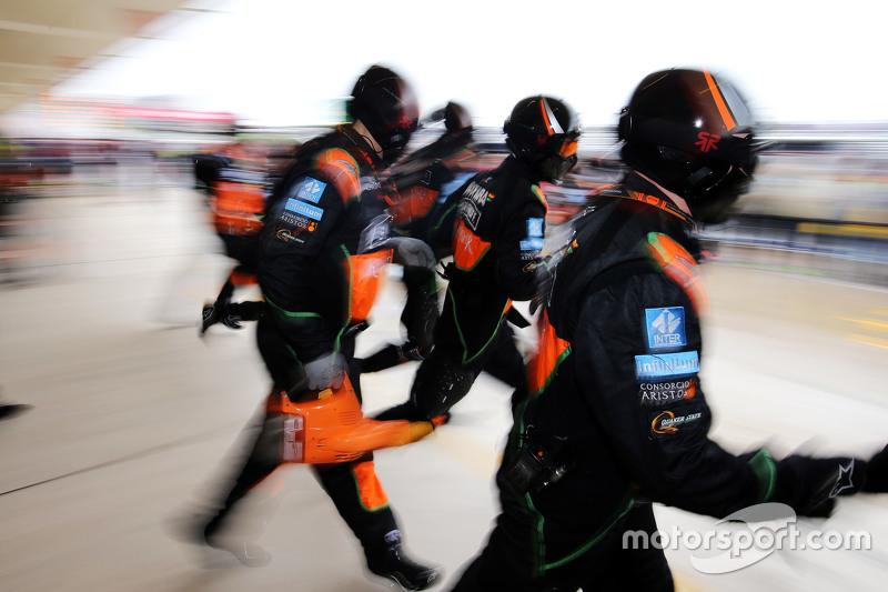 Sahara Force India F1 Team pit stop practice