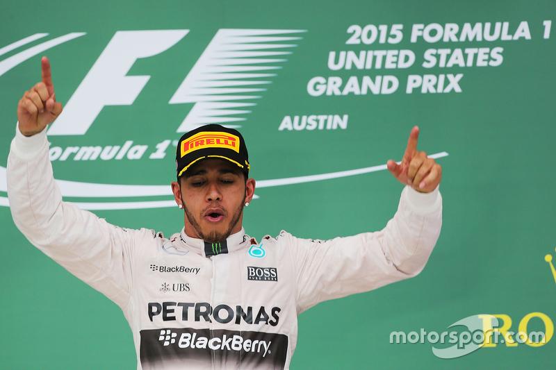 Podium: Race winner and World Champion Lewis Hamilton, Mercedes AMG F1 celebrates on the podium