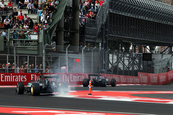 Nico Rosberg, Mercedes AMG F1 W06 with his rear brakes on fire