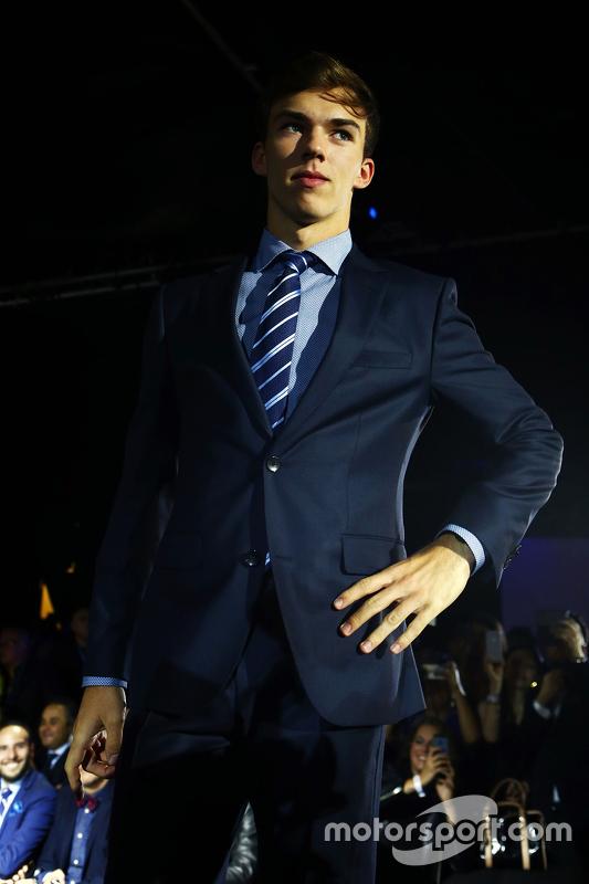 П'єр Геслі, Red Bull F1 Team Тестовий та резервний гонщик at the Amber Lounge Fashion Show