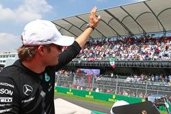 Нико Росберг, Mercedes AMG F1 на параде пилотов