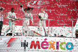 Podium: Race winner Nico Rosberg, Mercedes AMG F1 W06, second place Lewis Hamilton, Mercedes AMG F1 W06 and third place Valtteri Bottas, Williams FW37