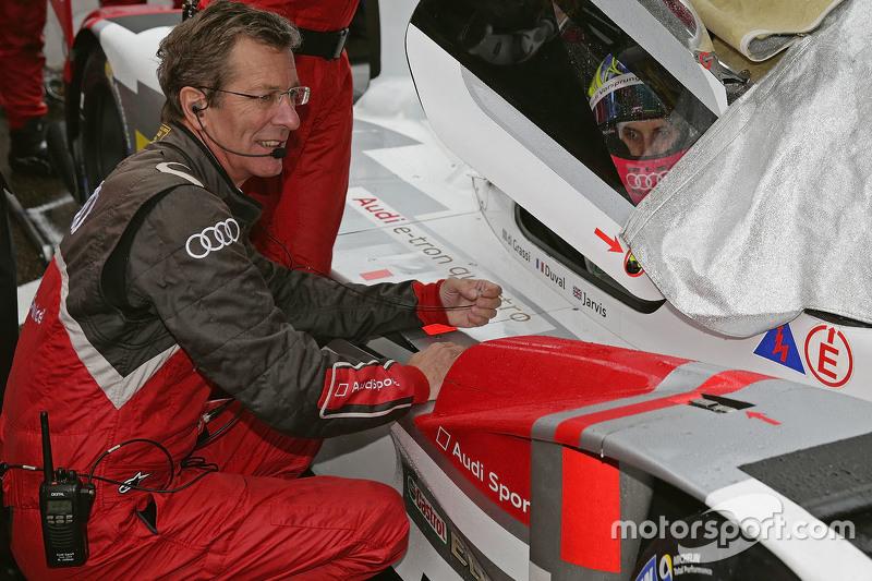 Олівер Ярвіс з Ральф Юттнер, Team Director Audi Sport Team Joest