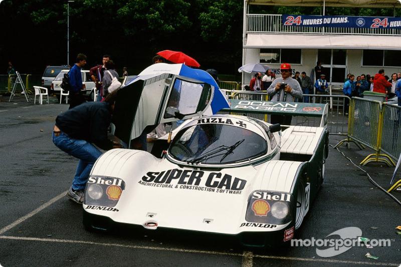 Team Davey Porsche 962 C : Tim Lee Davey, Tom Dodd Noble, Katsunori Iketani