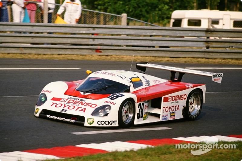 #38 Toyota Tom's Team Toyota 88 C: Kaoru Hoshino, Aguri Suzuki, Didier Artzet