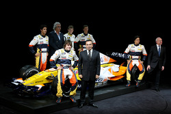 Fernando Alonso, Renault F1 Team, Nelson A. Piquet, Renault F1 Team, Lucas Di Grassi, Test Driver, Renault F1 Team, Romain Grosjean Test Driver, Renault F1 Team, Ben Hanley