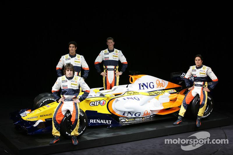 Fernando Alonso, Renault F1 Team, Nelson A. Piquet, Renault F1 Team, Lucas Di Grassi, Test Driver, R