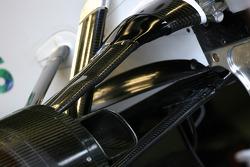 Honda RA108 suspension detail