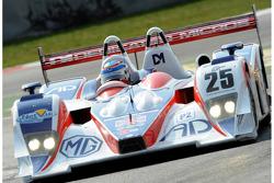 #25 RML MG Lola EX 265 - MG: Mike Newton, Thomas Erdos