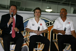 Chip Ganassi, Alex Lloyd and Bobby Rahal
