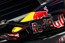 RB4 front wing detail