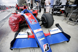 Carro destruído de Bruno Senna