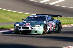 #61 Strakka Racing Aston Martin DBR9: Nick Leventis, Peter Hardman