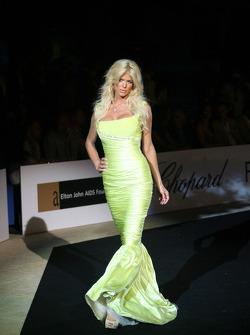 Victoria Silvistedt Amber Fashion which benefits the  Elton John Aids Foundation