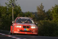#63 BMW M3: Hiroyuki Kishimoto, Izumi Yoshida, Akihiko Fujioka, Jürgen Bussmann