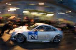 Pit stop for #22 HISAQ Competition Porsche 997 GT3 RSR: Emmanuel Collard, Marino Franchitti, Frank Stippler, Richard Westbrook