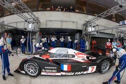 #7 Team Peugeot Total Peugeot 908: Марк Жене, Николя Минассян, Жак Вильнёв